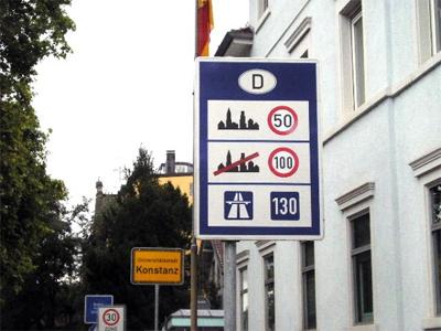 Autobahn Speed Sign