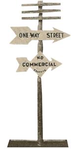 Classic cross-foot arrow design