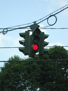 Tipperary Hill green-over-red traffic light