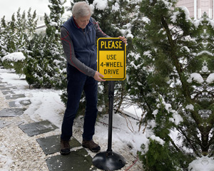 Use 4 Wheel Drive Sign